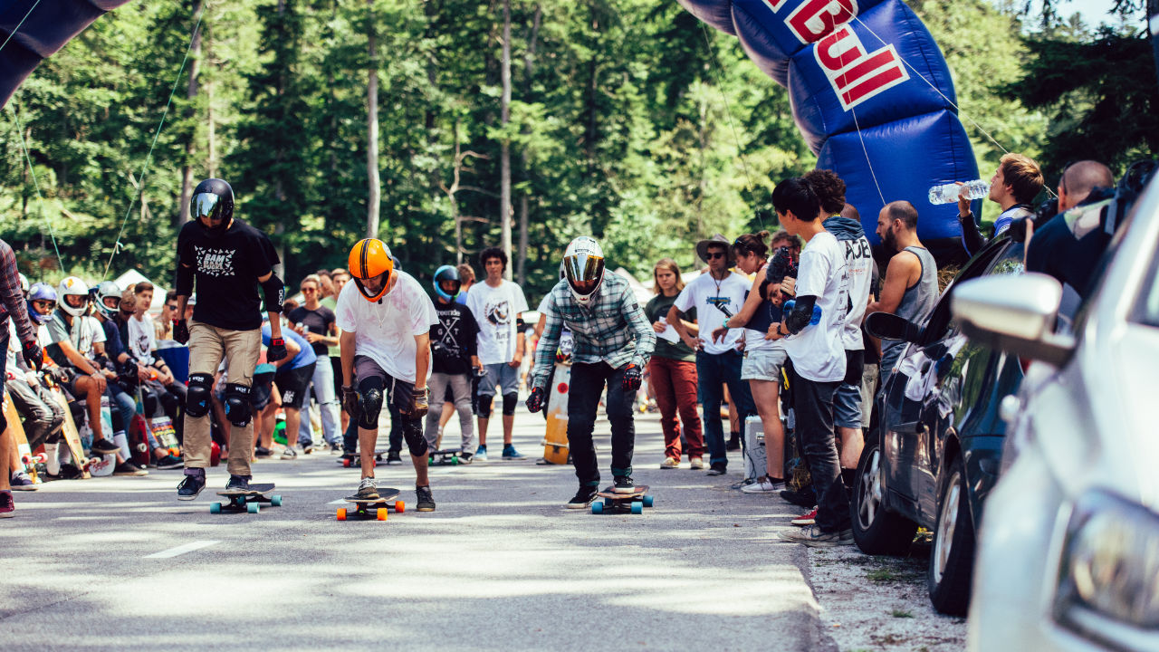 Red Bull No Paws Down at KnK Longboard Camp 2016 presented by KebbeK Skateboards. Photo by Christian Kreuter.